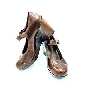 Dansko wedges brown leather size 10.5-11
